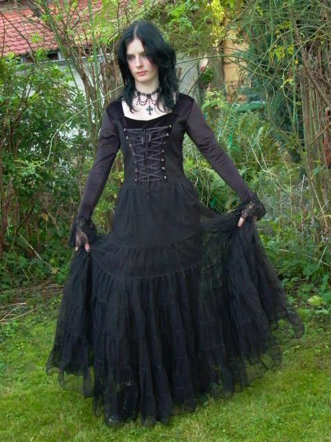 gothic mittelalter vampir t ll ballkleid abendkleid kleid 36 38 schwarz neu ebay. Black Bedroom Furniture Sets. Home Design Ideas